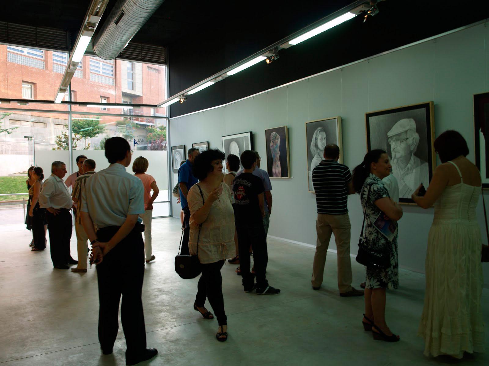 Exposición-Sala-Los-Bajos,-Ayuntamiento-de-San-Vicente-del-Raspeig,2012,público