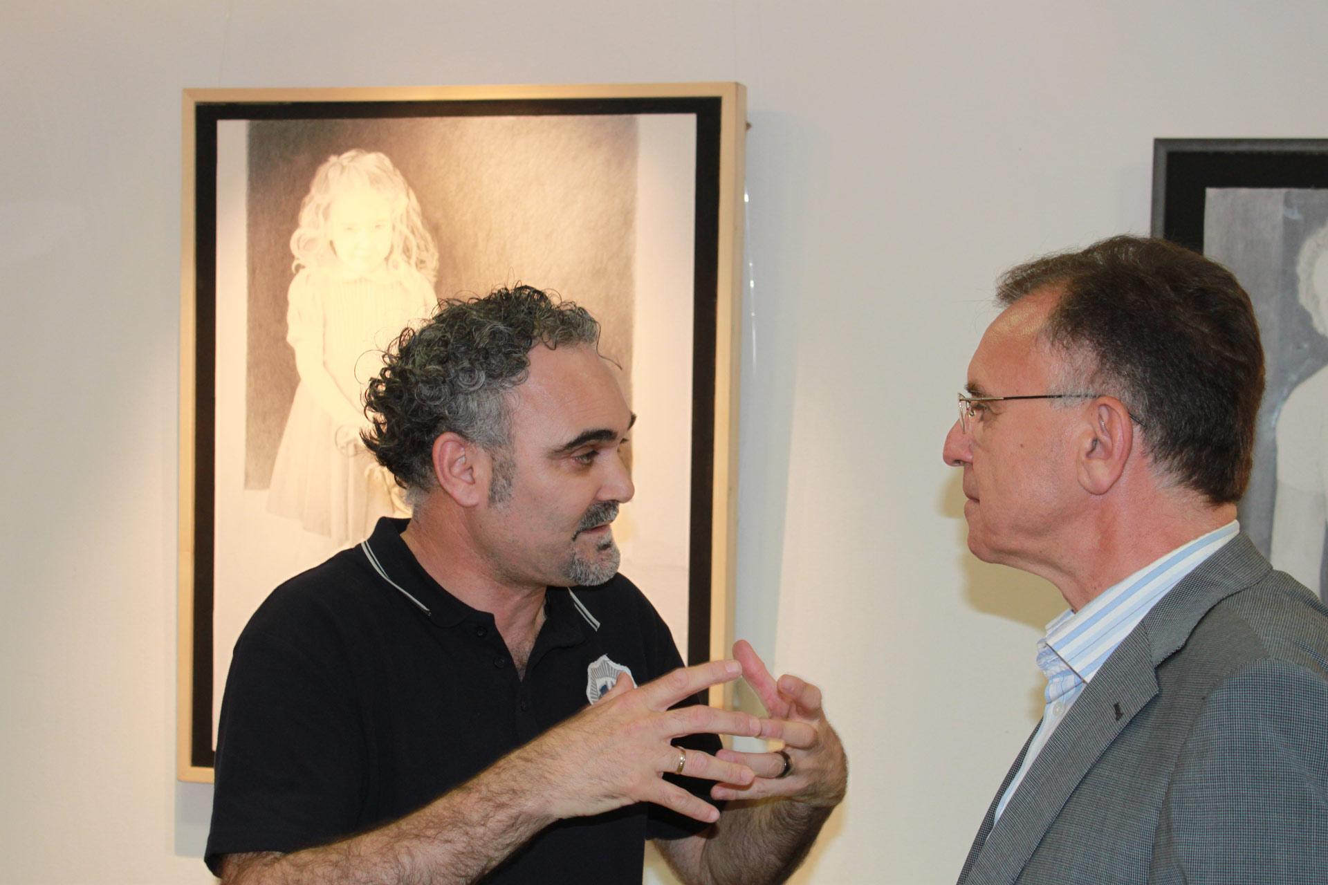 Exposición en Finestrat de José Cerezo y Carmelo J.Navarro,2011,